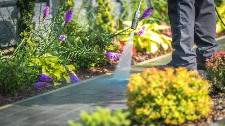 Basınçlı Yıkama Makinaları ile Bahçe Temizliği